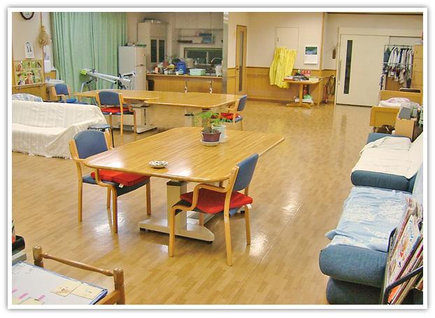 【写真】デイルーム この部屋で機能訓練やレクリエーションを行います。